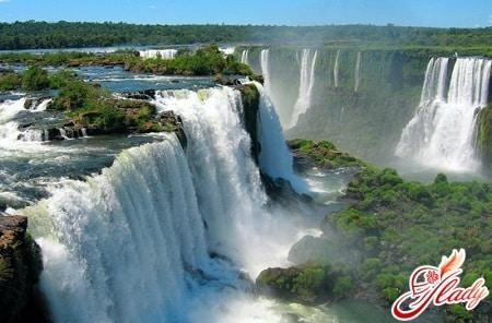 водопад фоз де игуасу