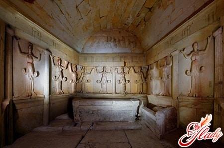 фракийская гробница возле села свештари
