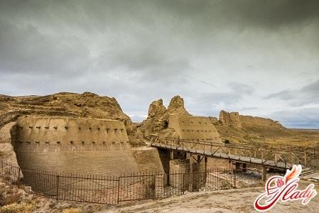 древний город сауран