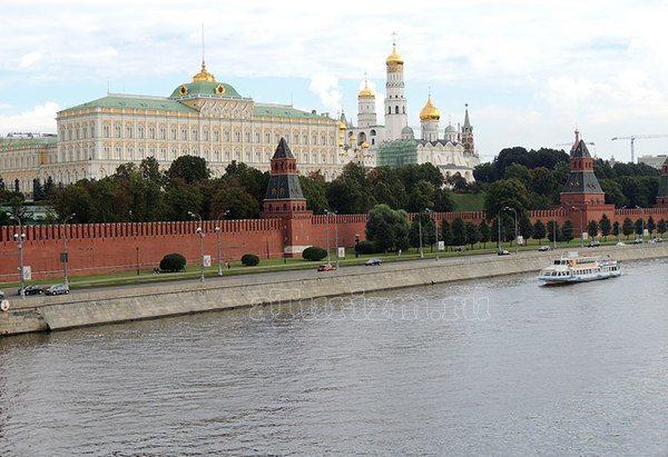 Москва.Кремль.Вид с Софийской набережной