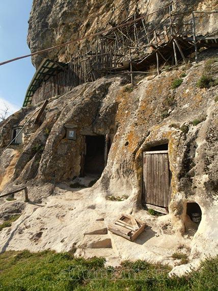 Пещерный монастырь Христа Спасителя «Шулдан»
