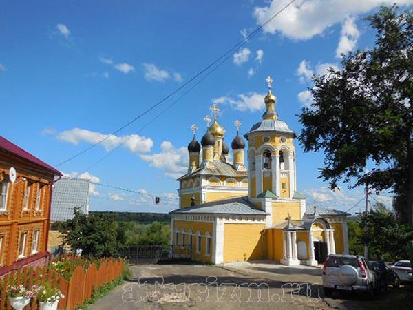 Николо-Набережная церковь