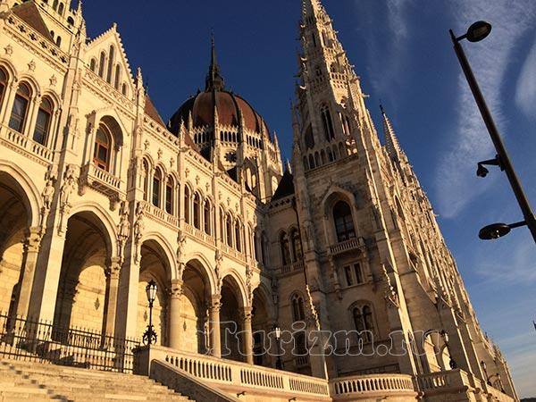 Парламент-Будапешт-01