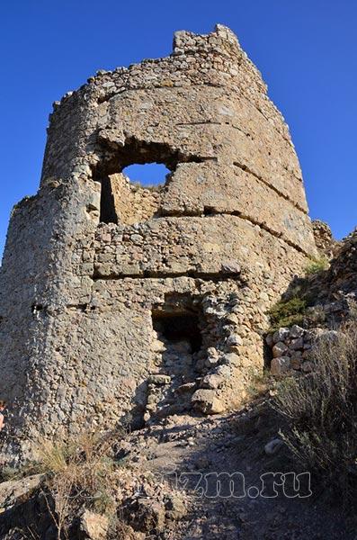 крепость-Чембало2
