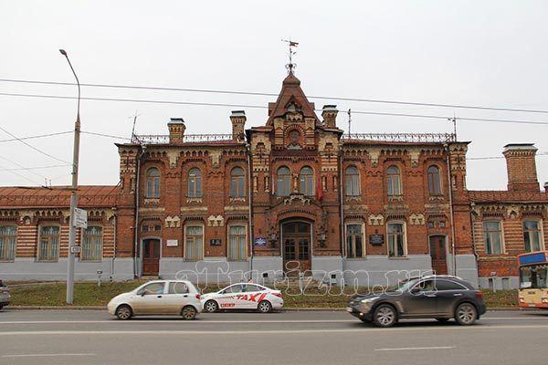 Здание ремесленного училища им. И.С. Нечаева-Мальцова