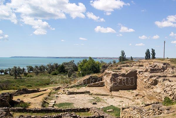 древнее-городище-Нимфей,-пос