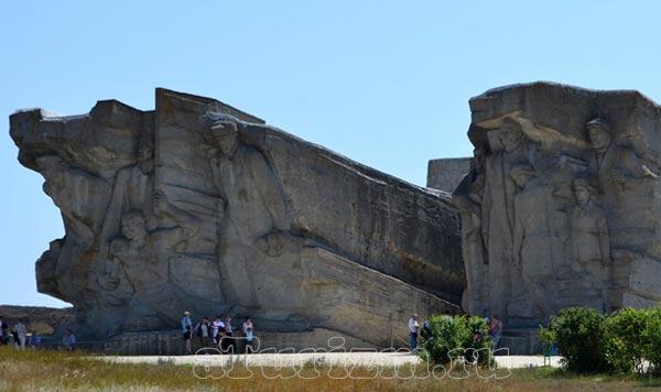 Мемориал Аджимушкайские каменломони фото