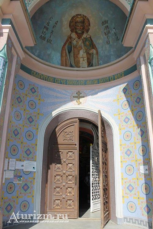 Свято-Николаевский-собор3