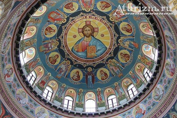 Свято-Николаевский-собор4
